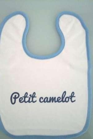 Bavoir «Petit Camelot»